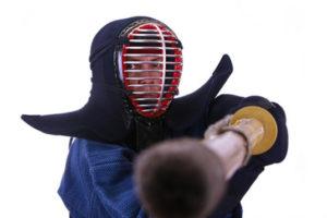 剣道は喧嘩に役立つかのイメージ